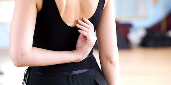 Resserre les omoplates, gonfle le thorax… Et ma cyphose alors ?