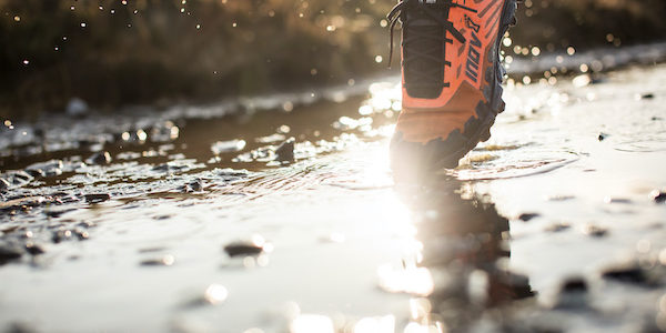 Inov-8 ajoute le graphène à sa chaussure bestseller X-Talon !
